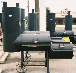 Old Country BBQ Smoker